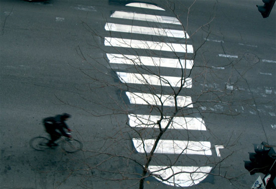 street-art-that-makes-road-crossings-and-paths-alive-1399043367lp84c